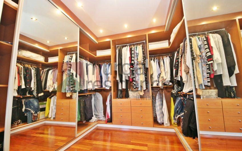 Chalet de calidades superiores en venta en La Alcayna
