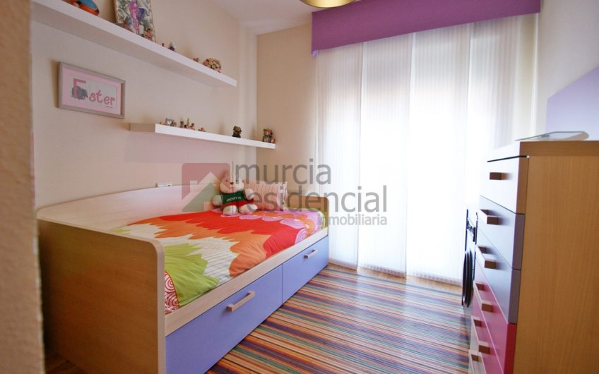 Ático de 3 dormitorios en Altorreal en venta con gran terraza